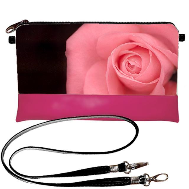 Розовая сумка клатч с принтом Роза нежная