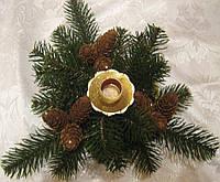 Подсвечник новогодний из хвои и шишек