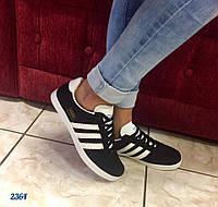 Женские кроссовки Adidas черный замш