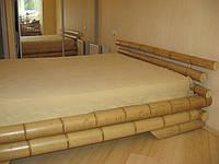 Кровать из натуральных стволов  бамбука