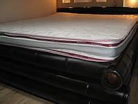 Кровать из бамбука в доме