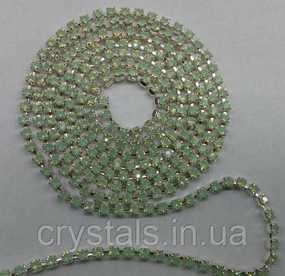 Стразовая цепь Preciosa (Чехия) ss8.5 Chrysolite opal/серебро