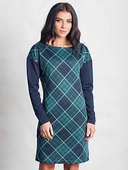 Повседневное зеленое платье в ромб