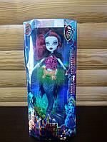 Кукла русалка Monster High светиться в темноте