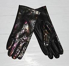 Интересные, модные, чёрные женские перчатки из кожи