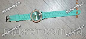 Женские часы Geneva со стразами мятного цвета. Женские часы., фото 3