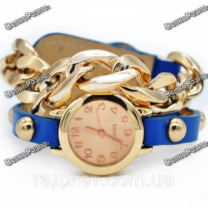 Женские наручные часы с декоративной цепочкой синего цвета