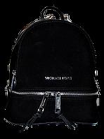Стильный женский рюкзак МК из искусственной кожи черного цвета NNU-571903