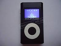 Маленький симпатичный MP3 плеер с экраном