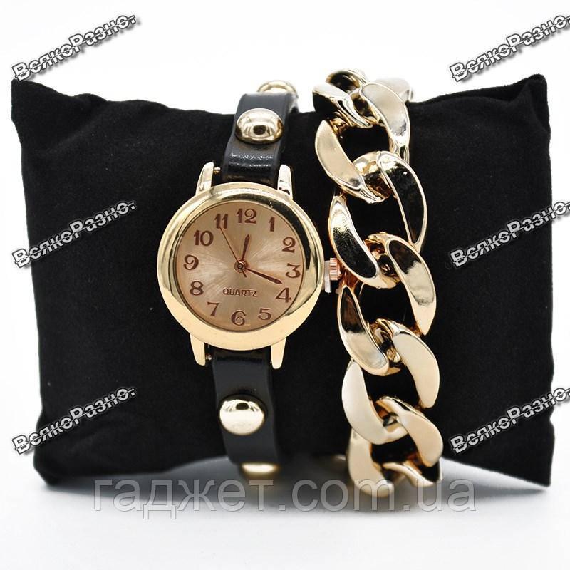 Женские наручные часы с декоративной цепочкой коричневого цвета.Женские часы