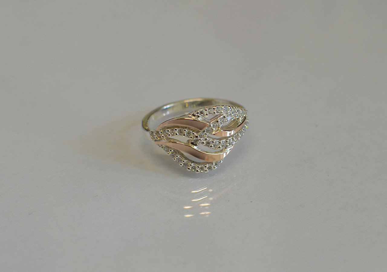 Кольцо серебряное с фианитами №77н