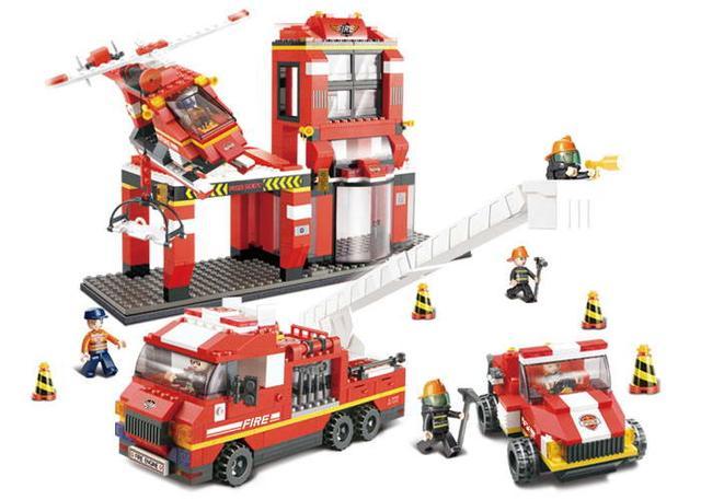 Конструктор Sluban M38-B0227 Пожарные спасатели
