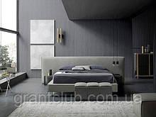 Современная кровать с широким изголовьем BOWIE XL YOSHI 180 х 200 см фабрика Felis (Италия)