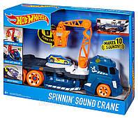 Hot Wheels Грузовик Эвакуатор Кран со светом и звуком Хот Вилс с краном