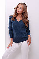 Женский стильный вязаный джемпер с фактурными узорами и треугольным вырезом цвет джинс