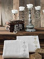 Полотенце махровое с вышивкой и стразами Драхома 70*140