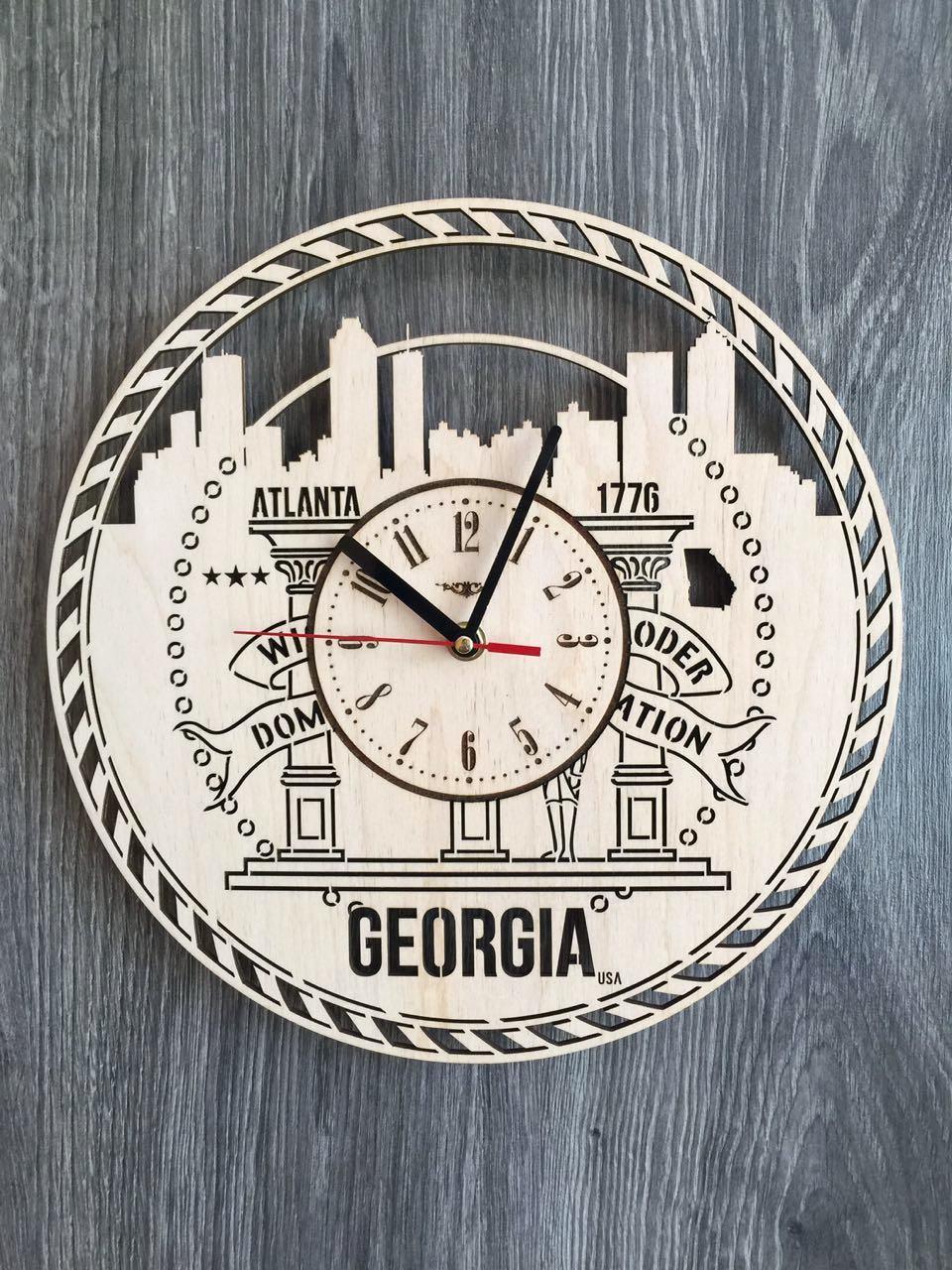 Дизайнерские часы на стену «Атланта, Джорджия»