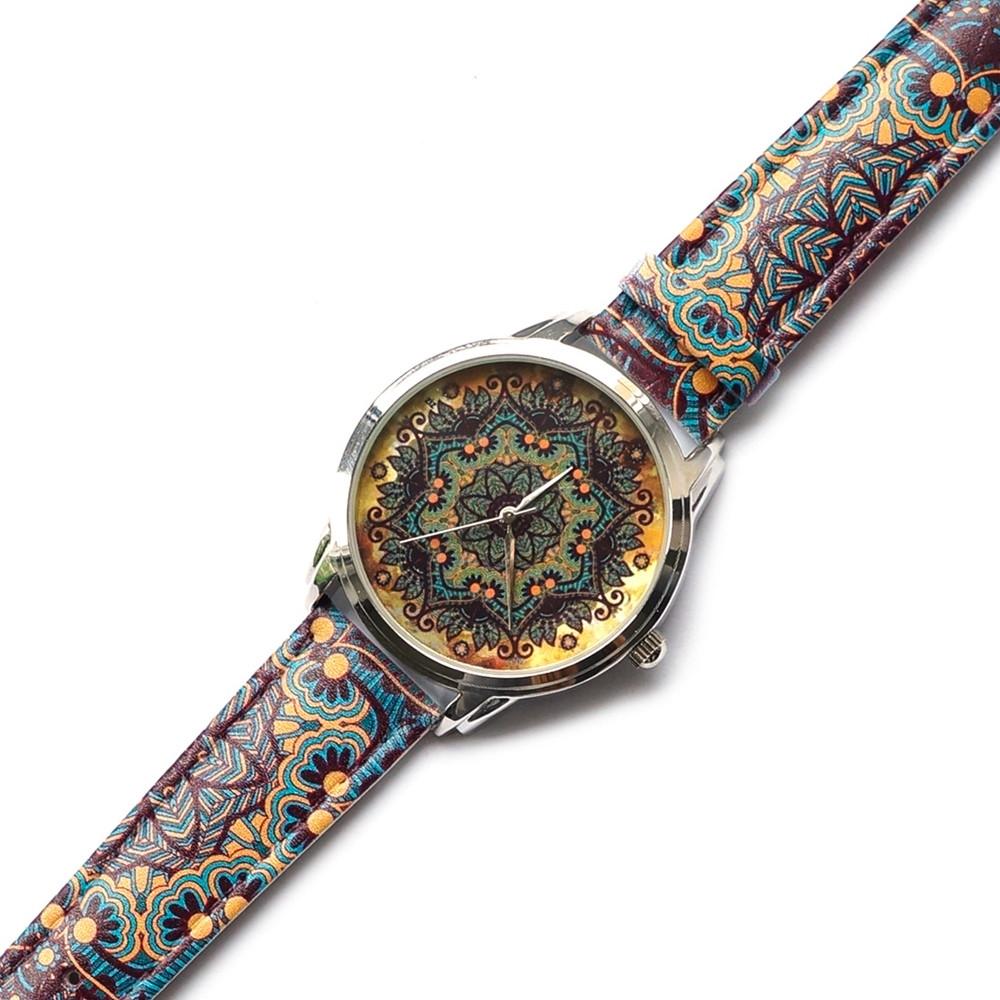 Часы  с дизайнерским принтом Золотые узоры