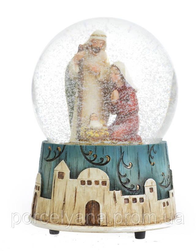 Снежный шар НГ Святая семья 14.5см с музыкой