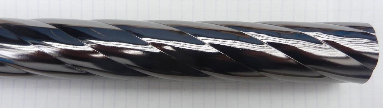 Труба рифленая д. 28 мм, 1,60 м., графит
