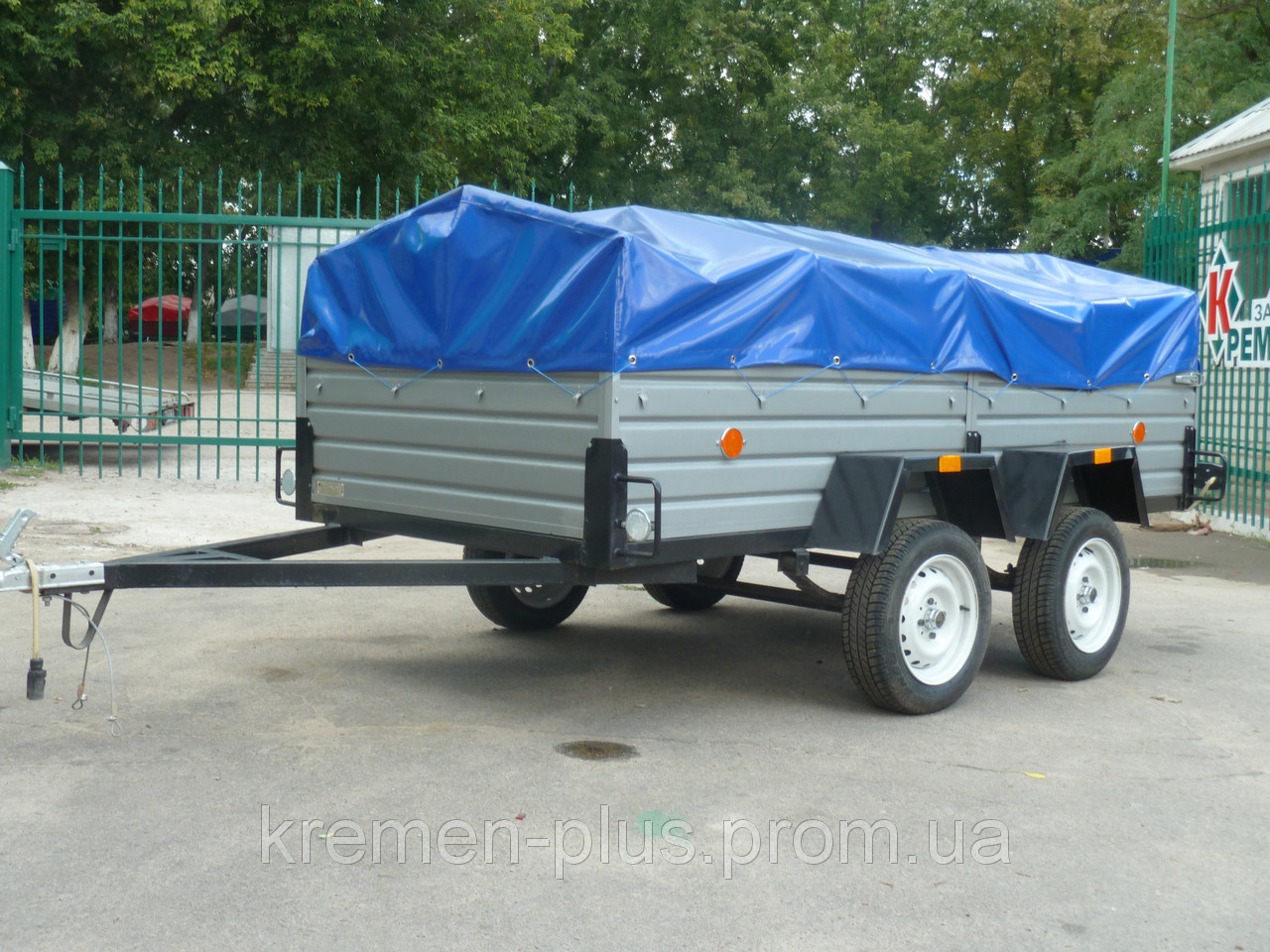 Продам легковой прицеп в Днепропетровске
