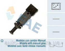 Включатель заднего стоп-сигнала (чёрный) на Renault Trafic  2001-> —  FAE ( Испания) - FAE24890