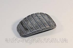 Накладка педали сцепления / педали тормоза (L=50mm) на Renault Trafic  2001-> —  BCGUMMA (Украина) - BC1108
