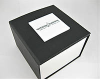 Коробка с подушечкой для часов Ulysse nardin.