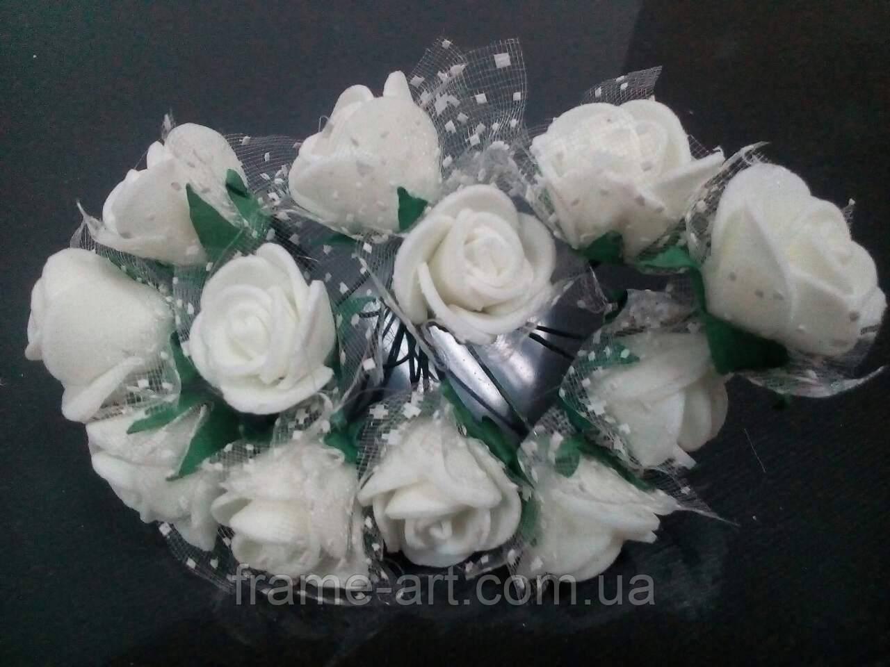 Букет роз из фома с фатином 1,5см 12 цветков, молочные