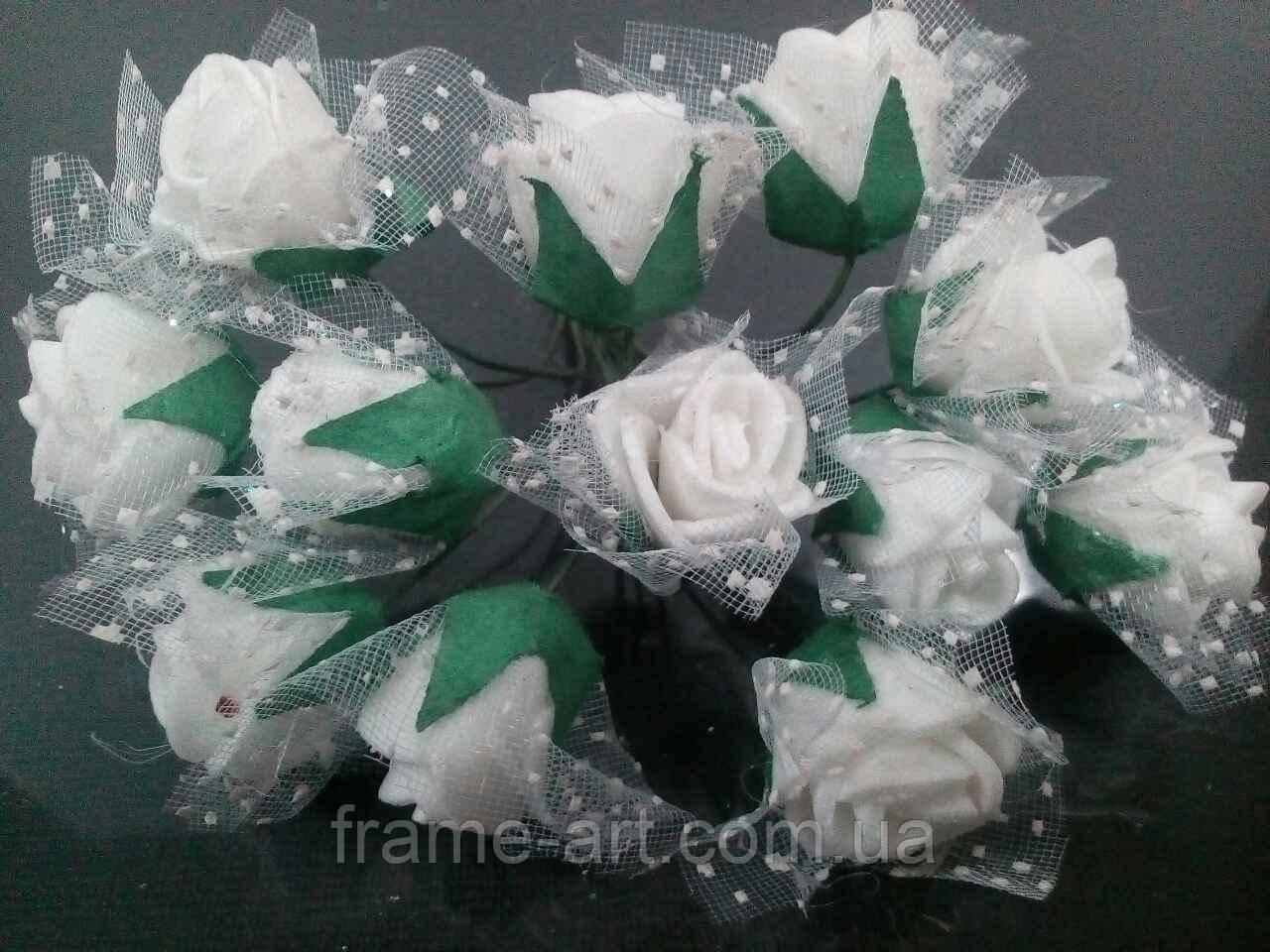Букет роз из фома с фатином 1,5см 12 цветков, белые