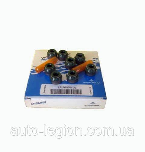 Сальники клапана (к-т 8 шт) на Renault Trafic1.9dCi 2001->  1.9dCi  - Victor Reinz (Германия) — 12-26058-02