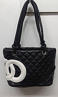 Черная женская стеганная сумка с ремешком, фото 1
