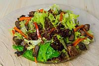 Микс салат со с/с лососем и соусом терияки