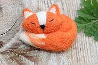 Брошь ручной работы рыжая лиса из шерсти