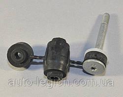 Опора переднего стабилизатора на Renault Dokker 2012-> — RENAULT (Оригинал) - 8200277960