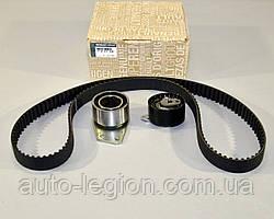 Комплект натяжитель + ремень ГРМ на Renault Master II 97->08 1.9dCi  — Renault (Оригинал) - 7701477049