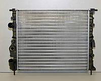 Радиатор охлаждения двигателя на Renault Kangoo 97->08 1.5dCi+1.2+1.4 (-AC) — Renault (Оригинал) - 7700838134, фото 1
