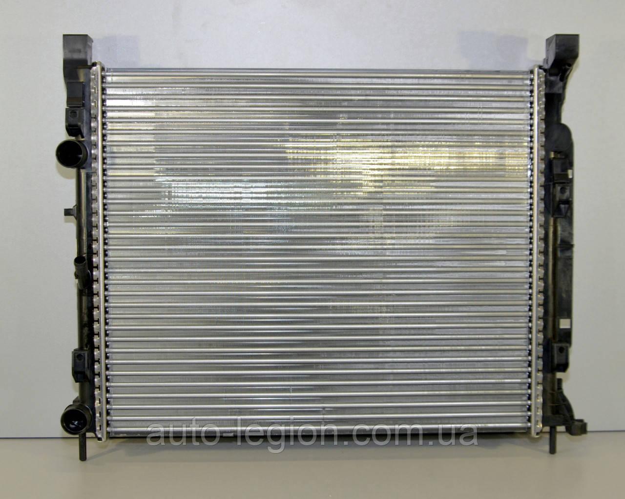 Радиатор охлаждения двигателя на Renault Kangoo II 08-> 1.5dCi+1.6 16V (+AC) — Renault (Оригинал) - 8200455801