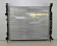 Радиатор охлаждения двигателя на Renault Kangoo II 08-> 1.5dCi+1.6 16V (+AC) — Renault (Оригинал) - 8200455801, фото 1
