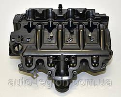 Клапанная крышка (крышка ГБЦ) на Renault Master II  2.2dCi + 2.5dCi 2001->2010  Renault (Оригинал) 8200714033