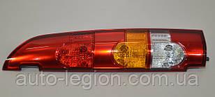 Задний фонарь правый, две двери (распашёнка) на Renault Kangoo 2003->2008 — Renault (Оригинал) - 8200150625