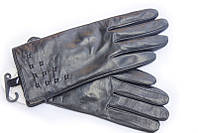 Зимние перчатки с элегантным узором на запястьи