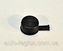 Крышка штока кулисы переключения КПП на Renault Master II 98->2010 — Renault (Оригинал) - 8200123712