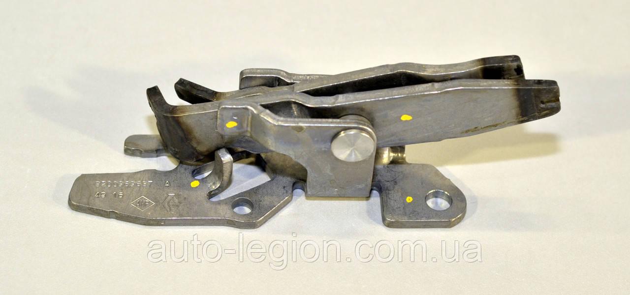 Переключатель КПП (1-2 + 5-6 передачи) на Renault Trafic III 2014-> — Renault (Оригинал) - 8200969687