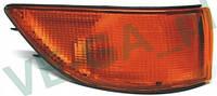 Mitsubishi Colt C50 88-92 желтый правый поворотник передний указатель поворота индикатор повторитель
