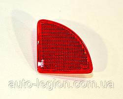 Отражатель в заднем бампере (R, правый) на Renault Kangoo 2003->2008 —  Оригинал RENAULT - 7700308720