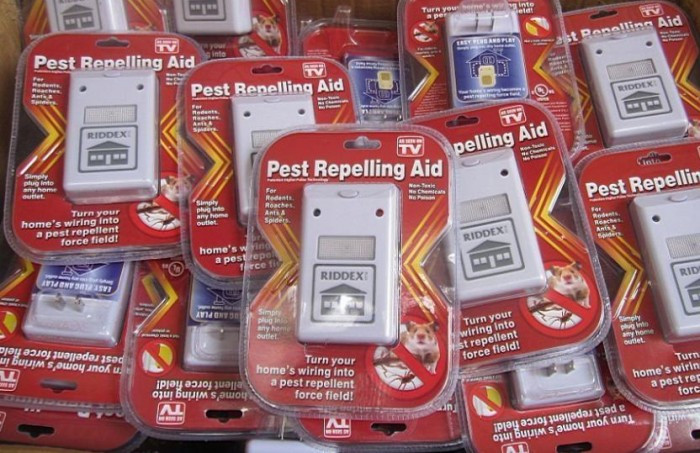 Электромагнитный отпугиватель тараканов и грызунов RIDDEX Pest Repelling Aid Ридекс