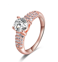 Позолоченное кольцо женское с цирконами р 17,20 код 704