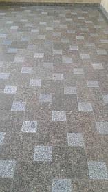 Укладання гранітної плитки на стяжку