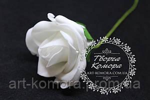 Роза латексная большая белая, 7-8 см